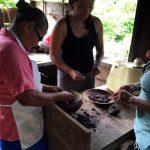 aguisur-caribetours-bribri-tour-schokolade