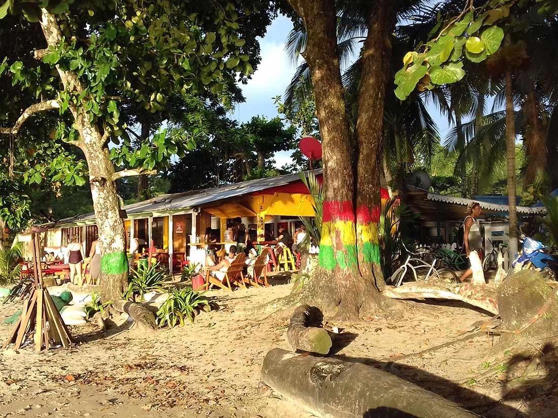 aguisur-costarica-ausspannen-caribean-tour-surf-or-jungle