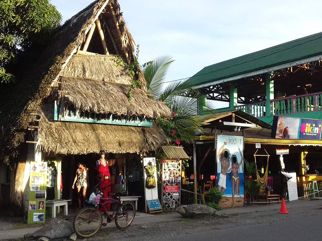 aguisur-costarica-einkaufsbummel-tour-surf-or-jungle